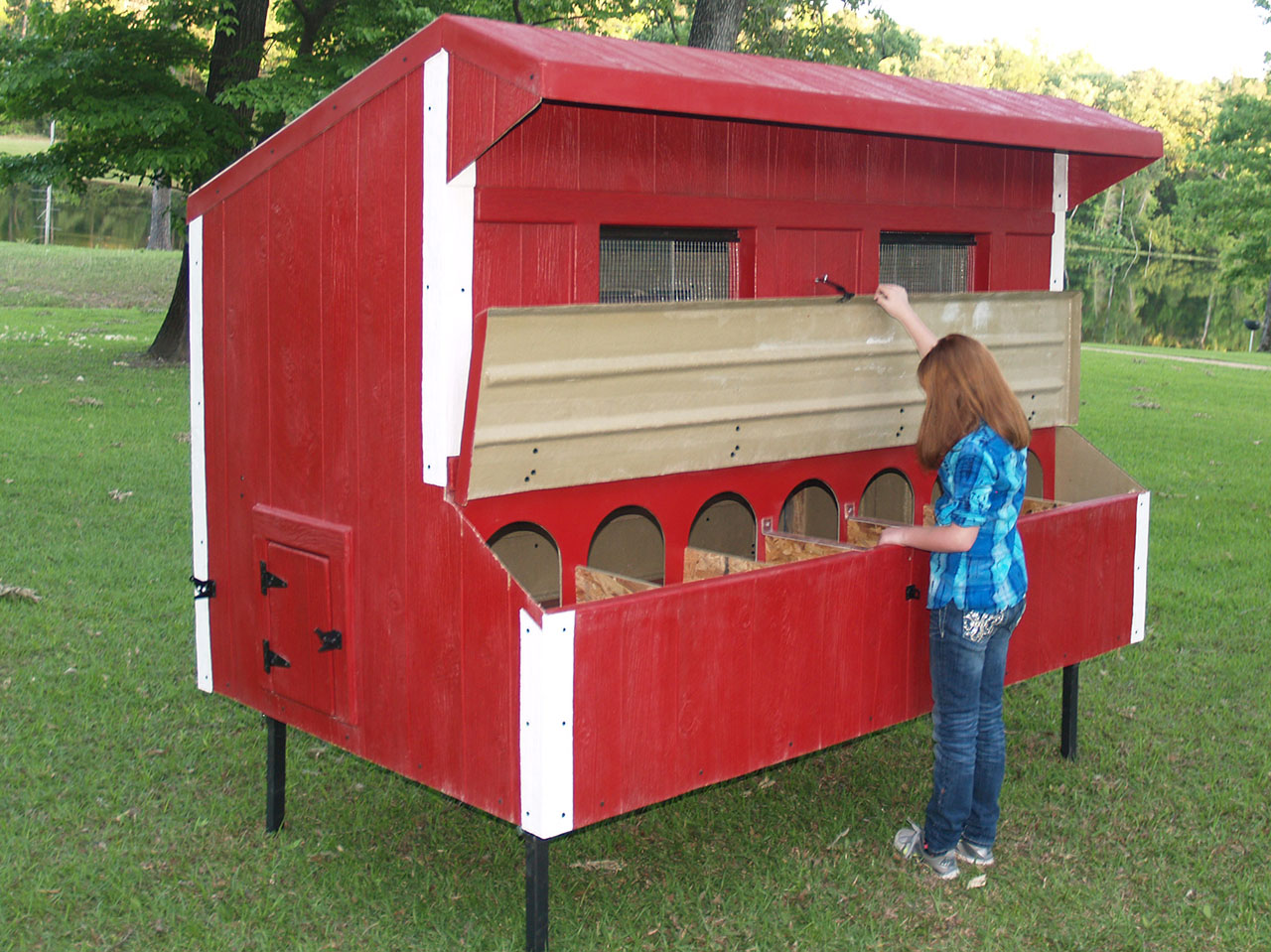 Eggstreme Chicken Coops 8 39 X 5 39 Traditional Fiberglass
